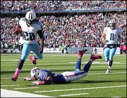 Chris Johnson of the Titans against the Buffalo Bills