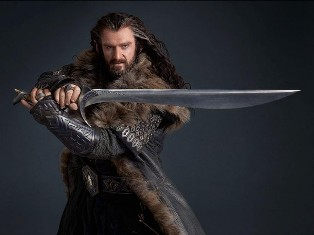 Thorin Oakenshield looking sharp with Orcrist!